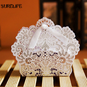 Image 4 - 100PCS Laser Cut Hollow Lace Flower White/Gold/Red Candy Box Luxury Wedding Party Sweets Candy Gift Favour Favors Boxes