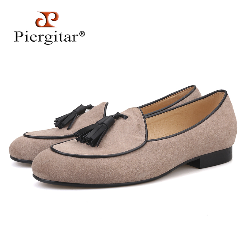Piergitar brand 2019 khaki color men loafers with tassel Fashion Men Casual Shoes party and banquet