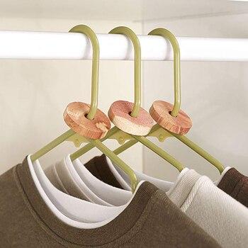 40/20 Pezzi Di Legno Di Cedro Blocco Anello Vestiti Guardaroba Repellente Per Insetti Moth Sfera Domestica Falena Muffa Proofing