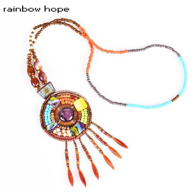 prezzo più basso 186dd bdb0f US $5.58  Boemia perle di resina colorate lunghe Catene collane etnico  nappa rotondo strand dichiarazione pendente della collana per trendy  jeweelry ...