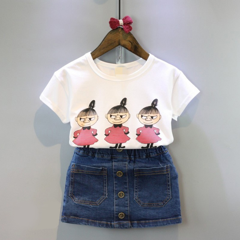 купить 2018 casual girls clothing sets cartoon printing regular sleeve tshirt skirt kids toddler kids girl denim skirt set по цене 1971.93 рублей