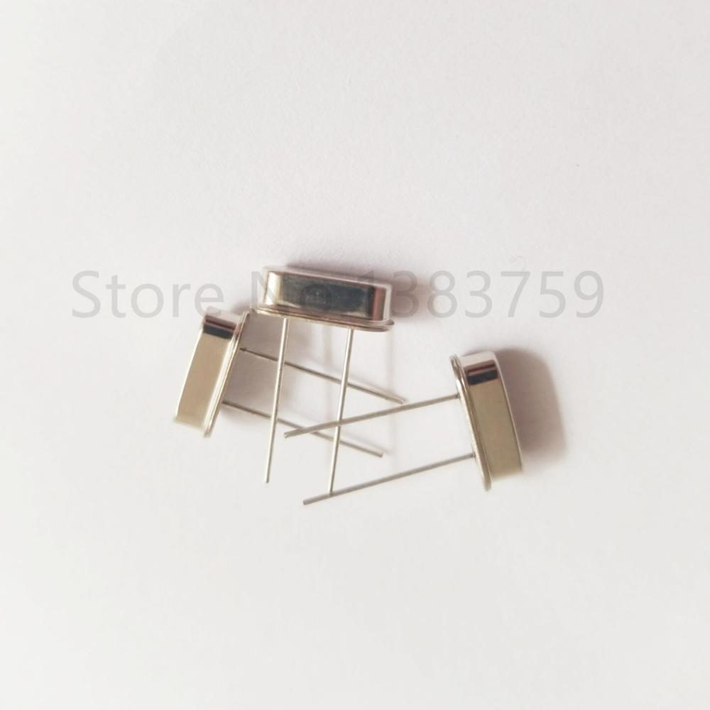 50pcs Type HC-49S-line passive crystal 12.288M crystal oscillator <font><b>12.288MHZ</b></font> In stock image