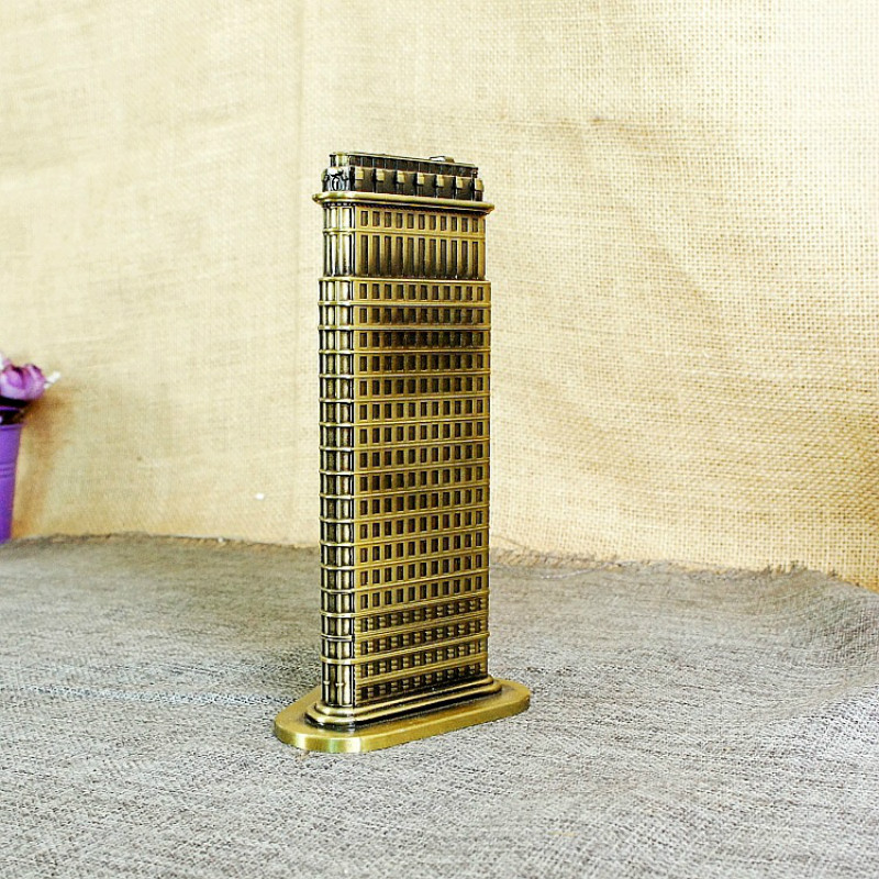 Flatiron Building Model Decoration Metal crafts retro home decoration accessories Fuller Building model ornaments in Figurines Miniatures from Home Garden