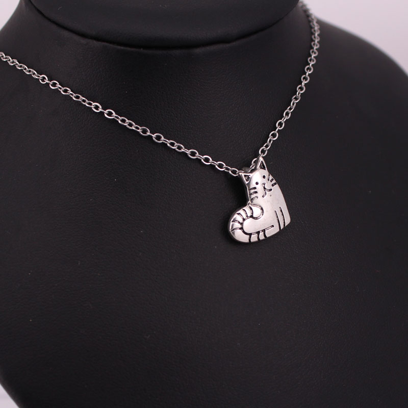 hzew love cat pendant necklace cute heart cat necklaces gift in Chain Necklaces from Jewelry Accessories