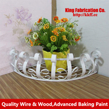 European-style wrought-iron balconies Chlorophytum indoor creative triangle flower basket