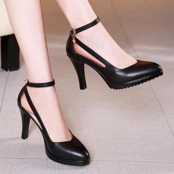 ee2f54af Talla 32-43 2019 otoño mujer tacones altos zapatos de moda tacones finos  puntiagudos de cristal bombas blanco negro rojo boda zapatos mujer