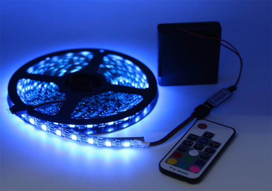 Batteriebetriebene RGB Led Streifen 5050 Wasserdicht/Nicht ...