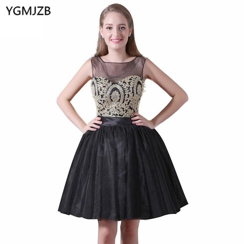 New Arrival Short Cocktail Dresses 2018 A Line Sheer Scoop Black Party Dress Gold Lace Prom Dresses Black Robe De Cocktail Gown