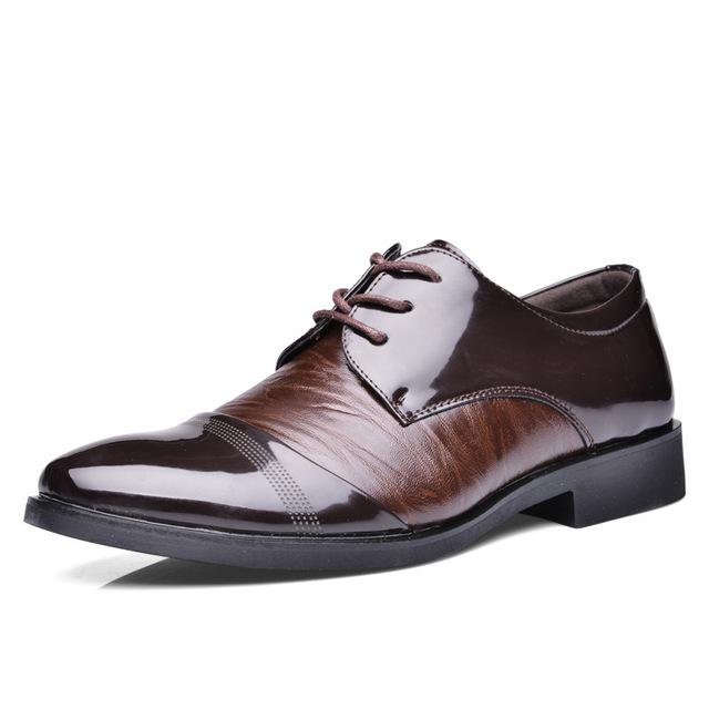 Ventas calientes del Resorte/del otoño de Los Hombres de Cuero Zapatos de Moda Británica Bullock Respirables de tacón Bajo Casual Hombre de Negocios Jóvenes Plana zapatos