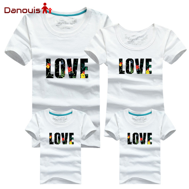 2a3efd4e7f4 Family Look Style Father Mother Son Set 2016 Family Matching Clothing Soft  Cotton Short Shirt Matching Mother Daughter Clothes