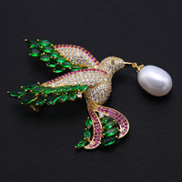 Freshwater pearl brooch peacock green happy bird brooch temperament with copper micro set zircon brooch pendant dual use