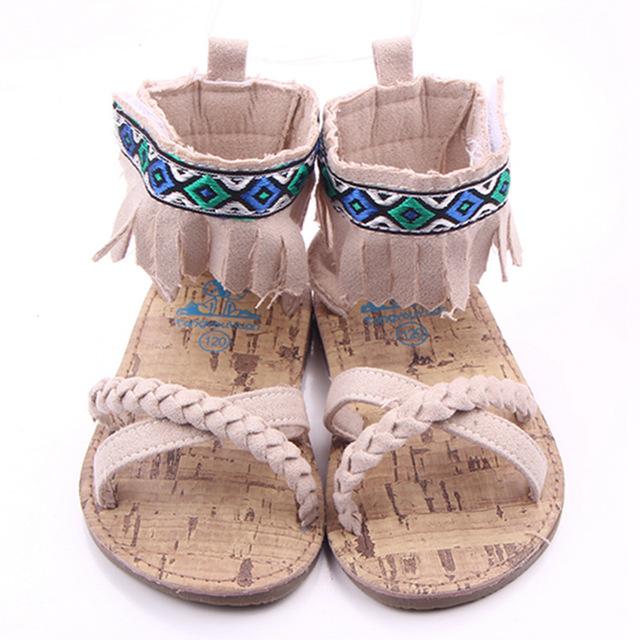 2016 novo chegada de menina de plástico cimento de sola Prewalker para meninas verão criança sandálias