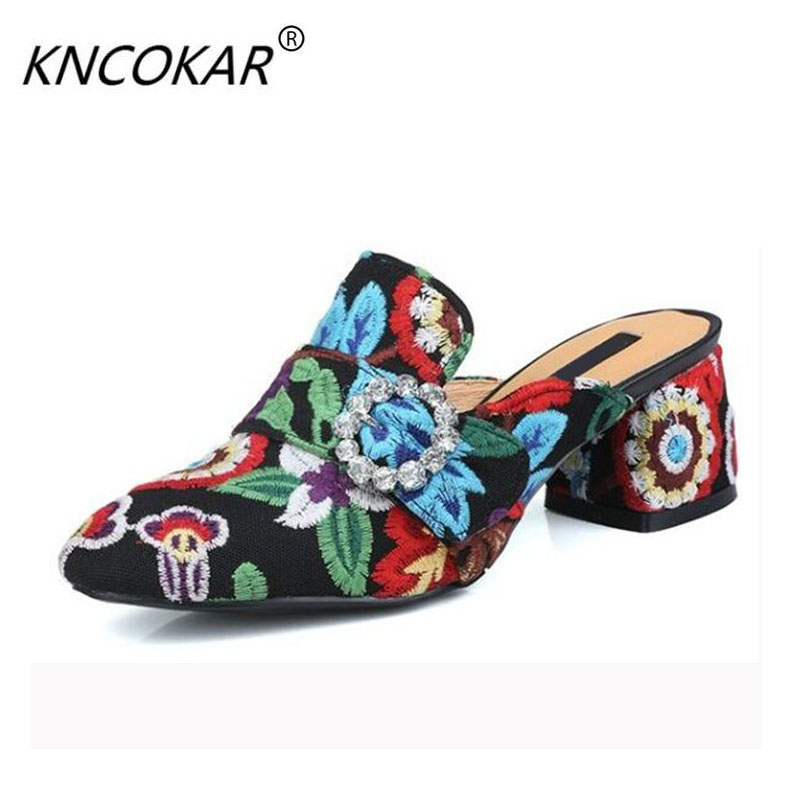 The national wind baotou shikao shixin leather embroidery shoes with the high heels and slippers of the cheongsam national wind embroidery lace paneled v neck blouse