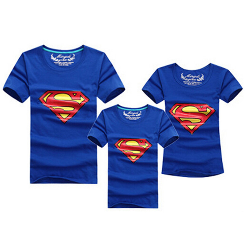 1 stk Fashion Superman Family Matching Outfits T-skjorte 11 Colors Clothes For matchende familie klær mor far datter sønn