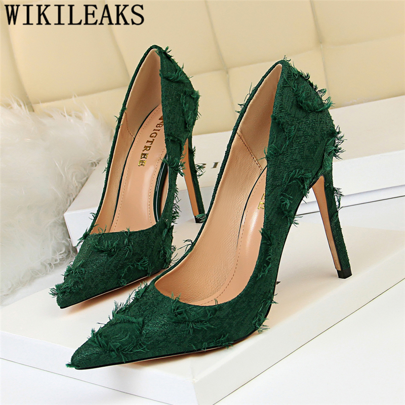 Extreme High Heels Valentine Shoes