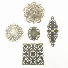 10Pcs Bronze Tone Round Square Flower Alloy Connectors Filigree Wraps Hollow Pattern Embellishments Jewelry DIY Charms