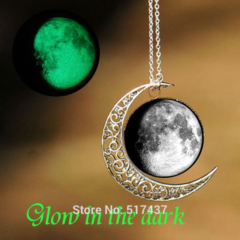 Glow Necklace Full Moon Pendant Glass Cabochon Necklace Pendant Glow in The Dark Jewelry