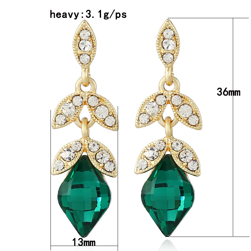 Lovely new ladies fashion earrings jewelry black/green glass crystal stud  XR22