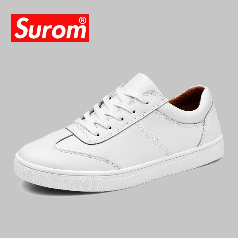 Surom Для мужчин белый Повседневная кожаная обувь Спортивная обувь броги Стиль Модная обувь на плоской подошве брендовые Демисезонный мужской Обувь Лоферы для женщин красовки Для мужчин