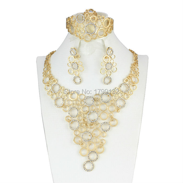 Hot Sales Fashion 18k Gold Plated Jewelry Set Simple Design Necklace