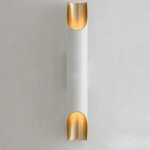 Image 2 - Современная настенная лампа золотого цвета в скандинавском стиле, минималистичный роскошный стиль, дизайнерская модель, фон для гостиной, Настенная прикроватная лампа для спальни
