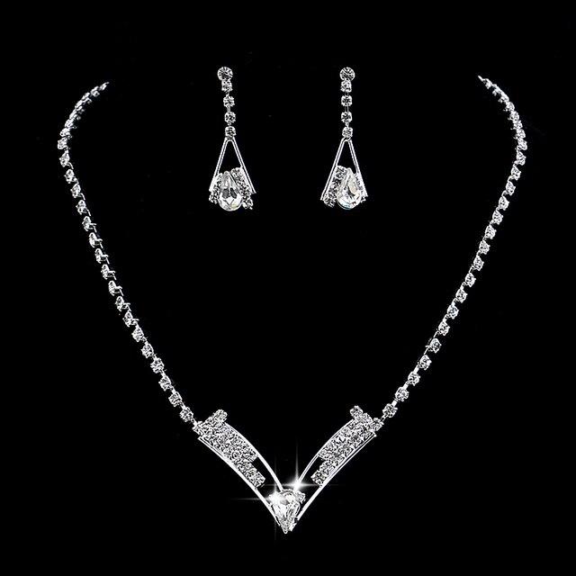 Femmes Belle V En Forme de Strass Cristal Collier Boucles D\u0027oreilles Charme  Bijoux De