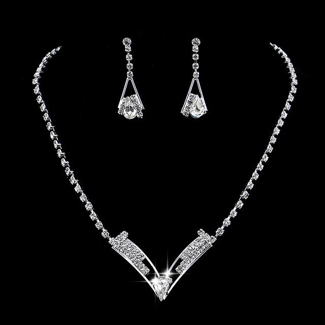 Women Beautiful V Shaped Rhinestone Crystal Necklace Earrings Set Charm Bridal Jewelry Silver Plated Wedding