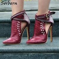 Sorbern النبيذ الأحمر/الأسود رصع الكاحل واشار تو عالية الكعب أحذية النساء الخناجر بلورات الجوف خارج الشرير أحذية