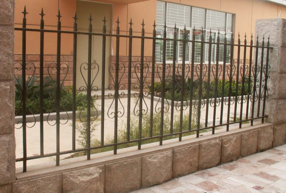 Galvanized Wrought Iron Fence /Newest Wrought Iron Fence