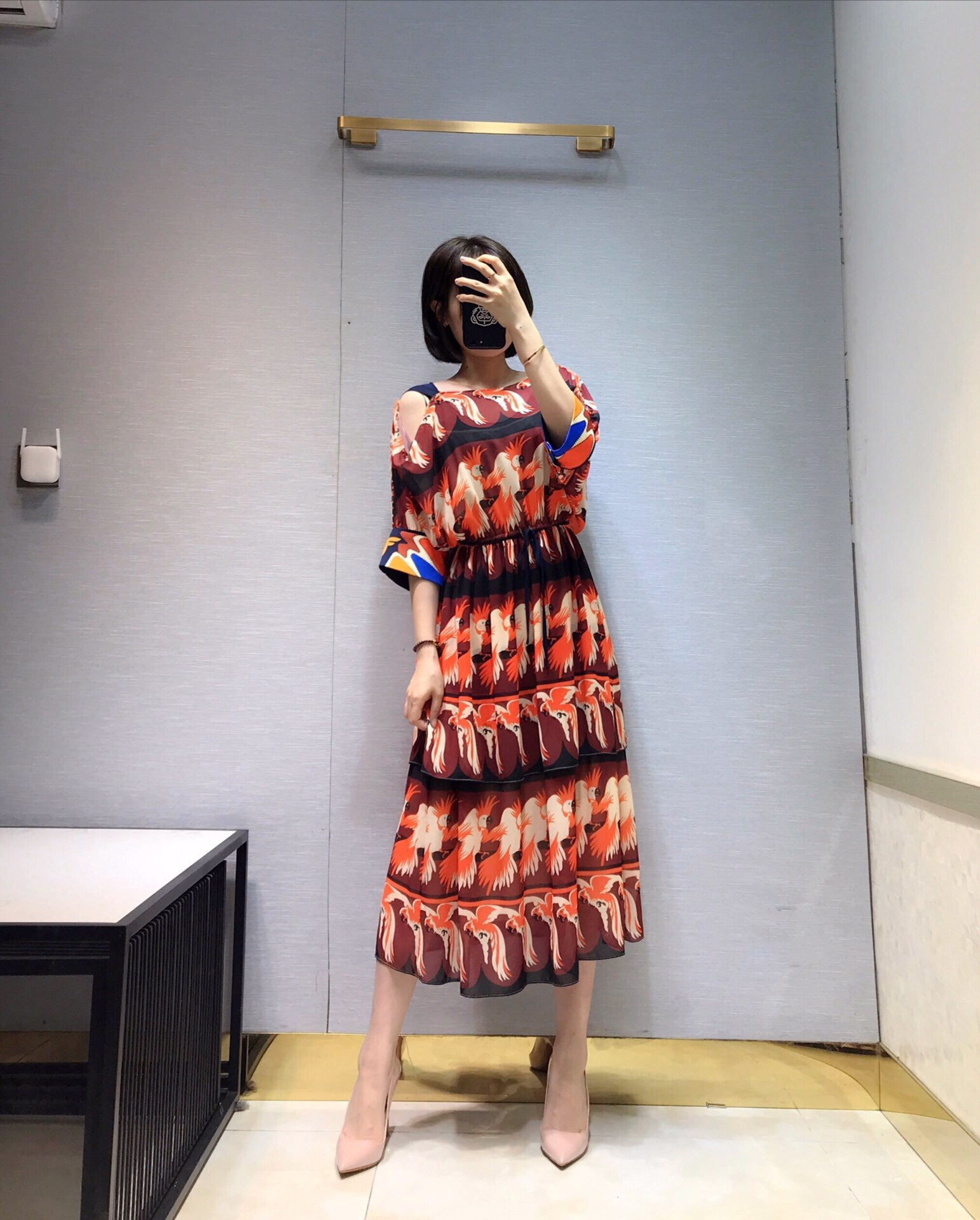 2019 새로운 인쇄 오프 어깨 핸드 메이드 비즈 여성을위한 럭셔리 드레스 freeshipping-에서드레스부터 여성 의류 의  그룹 1