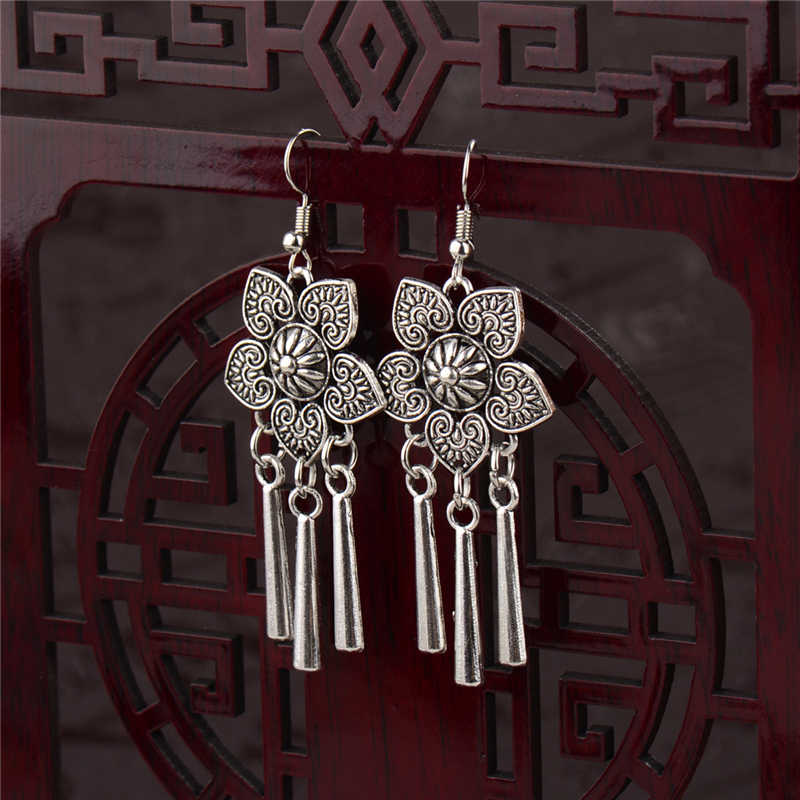 2019 Ethnic Indian Women's Flower Hollow Gypsy Silver Drop Earrings Cylindrical Tassel Boho Tribal Jewelry India Jhumki