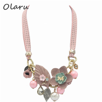 Olaru Brand Korea New Jewelry Fashion Cloth Imitation Flower Pearl Choker Neckalce Woman Maxi Statement Necklace Accessories