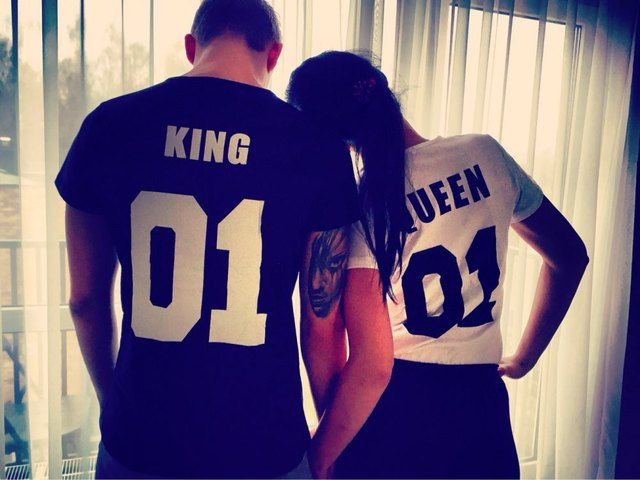 Women's shirts, cotton kings, queens 01 comic book printing couples, leisure shirts, short sleeve shirts O neck T-shirt.