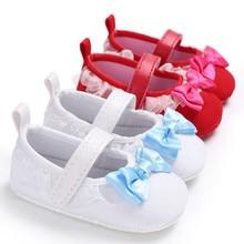 4f3486707 Branco Bowknot Laço Vermelho Da Menina Do Bebê Sapatos de Sola Macia Sapatos  Da Criança Prewalker