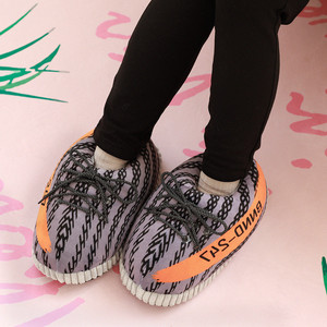 Image 3 - Unisex Fashion Shoe for Women 2019 Winter Warm Cotton Mens Slippers Couples Indoor Home Funny Shoes zapatos de mujer Free Size