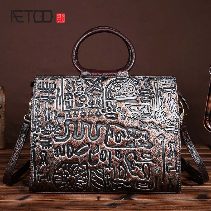 AETOO brand The new handmade leather handbag embossed vintage wipe back to do the old first layer of leather shoulder bag transformers robots in disguise wipe clean first writing