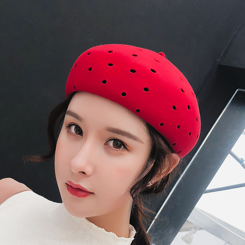 2018 New High Quality Retro Adult Berets Female Solid Color Hollow Wool Felt Cabbie Hats for Women's Newsboy Caps