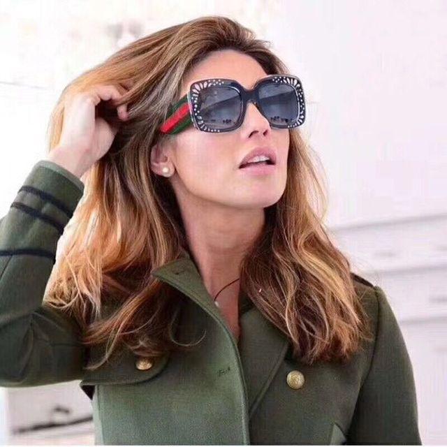 2018 Date Surdimensionné Carré lunettes de Soleil Femmes De Luxe Italie  Marque Designer Rouge G reen bc24b34637b