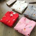 2016 nuevo invierno de punto suéteres de las muchachas del arco iris y animal impreso niñas suéter bordado impreso invierno cardigans niñas 2-8 T