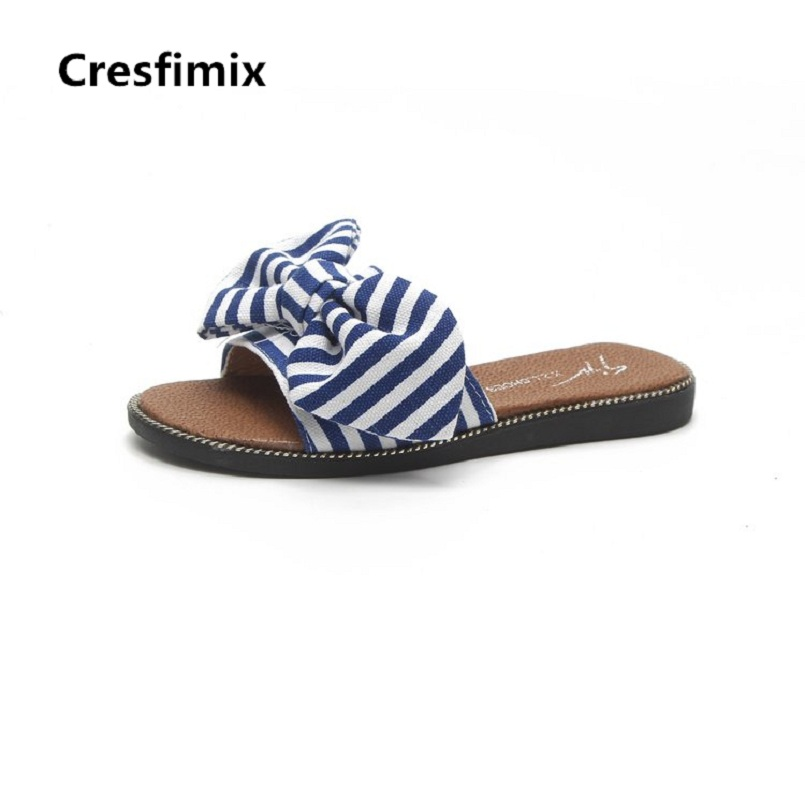 Cresfimix femmes tongs women fashion white floral printed slides lady casual high quality beach flip flops cool striped slippers casual floral printed neck tie