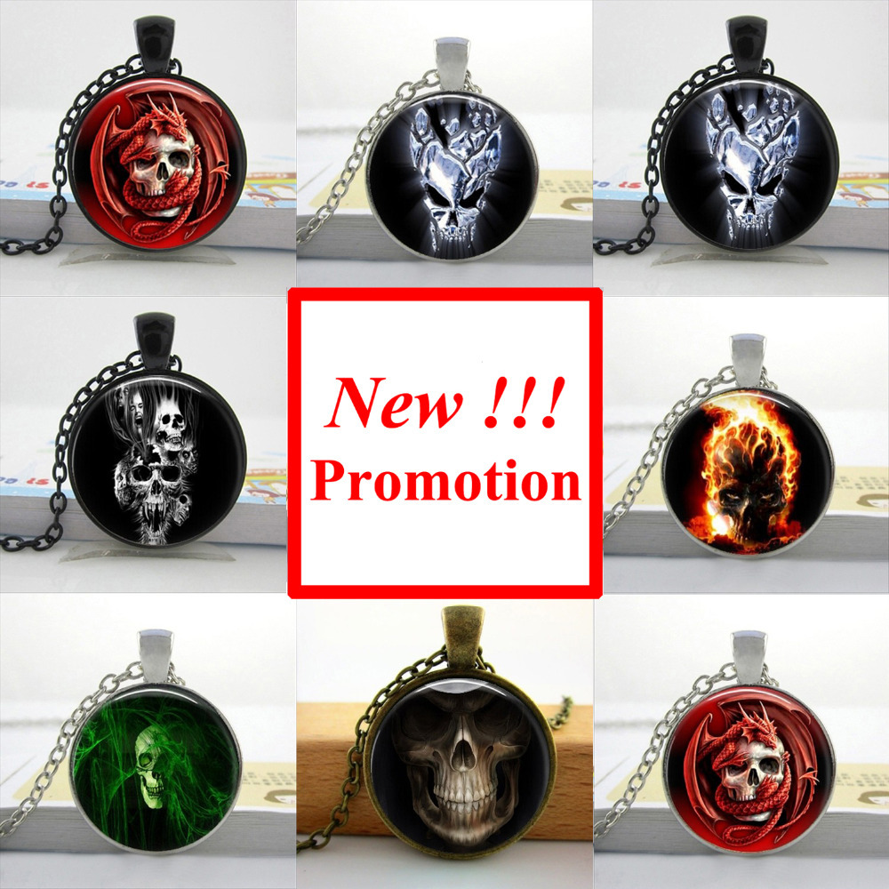 2017 New Fashion Burning Skull Necklace Ghost Rider Pendant Man Fashion Bronze Pendant Necklace