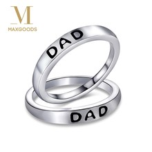 1 Pcs Fashion Vintage Dad Letter Ring Silver Color Print Letter Dad/Mom Ring for Men Women Jewelry Father's Mother's Day Gift(China)