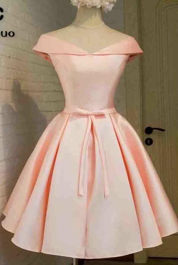 Off Shoulder Short Homecoming Dress Satin Cocktail Party Dress Above Knee Bow Lace Up Back Homecoming Graduation Dress