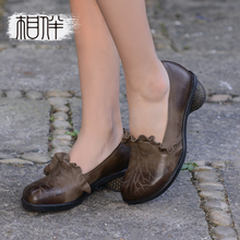 Leather vintage women shoes hand carved rough with shoes pointed design ladies pumps pastoral comfortable shoes
