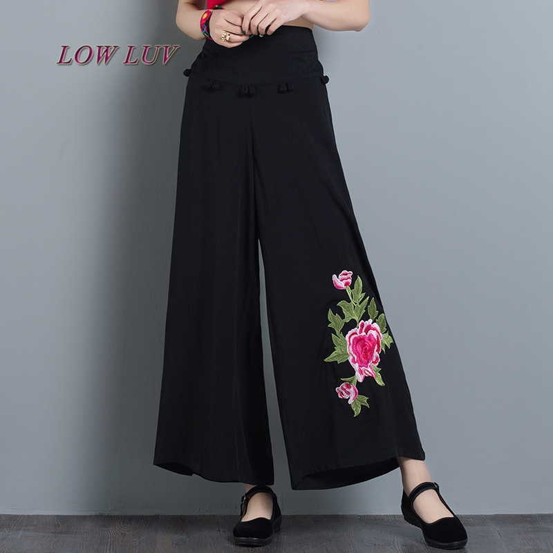 2017 summer new cotton and linen large size women embroidered national wind wide leg pants high waist wide leg pants female/Trou