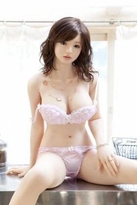 Ebony hard boobs nude