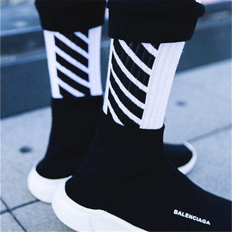 2019 New Cotton Men Socks Trend Fashion Men Tube Socks Sports Casual Stripe Socks Breathable Sweat-absorbing Wholesale