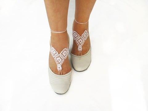 Patrón de ganchillo, triángulos sandalias descalzas de boda blanco ...