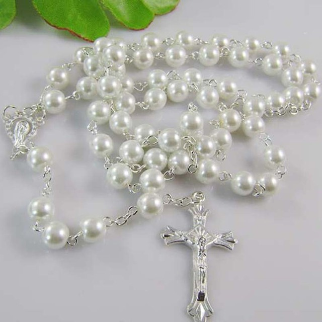 2018 Rosary Beaded Religious Necklace Glass Beads Cross Pendant Necklace 12Colors Free Shipping white color