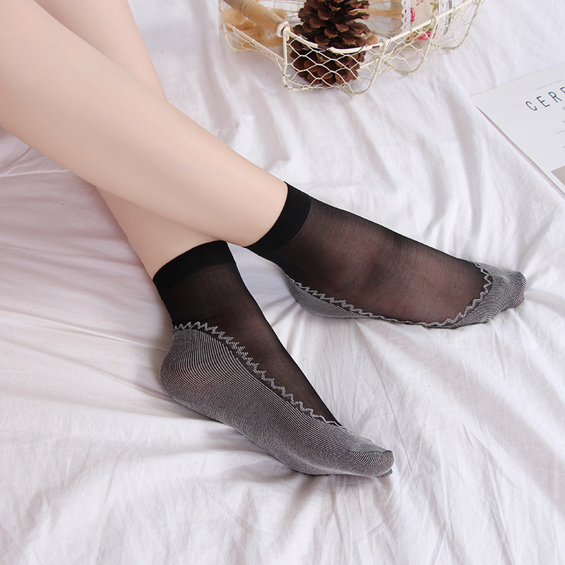 2019117 women Summer Velvet short bottom with cotton non-slip female silk feeling transparent socks